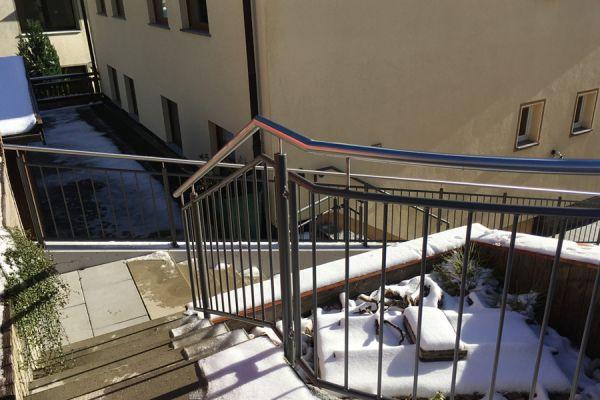 moser-metallbau-hornberg-balkone-gelaender104FF0B1FF-A4AC-8CC2-8B4A-EEDCF24921A4.jpg