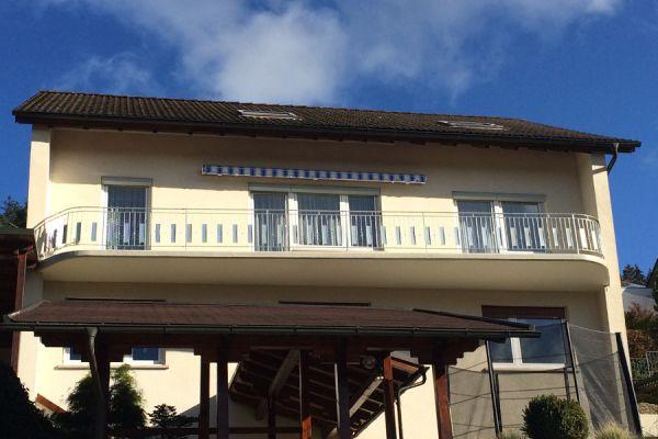 moser-metallbau-hornberg-balkone-gelaender14FC2BB5CC-4EF6-1EC5-4D46-6375247FEADA.jpg