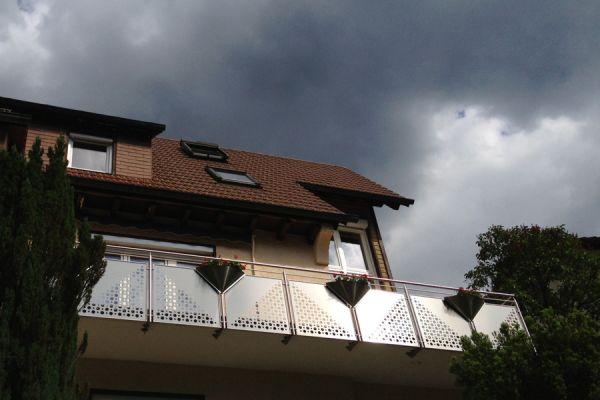moser-metallbau-hornberg-balkone-gelaender21A9045FCE-6347-8492-C548-D2361D53FF73.jpg