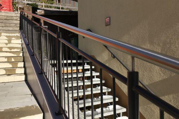 moser-metallbau-hornberg-balkone-gelaender32AA6FBE03-DD77-3F7E-0BE2-69575E4E2AFD.jpg