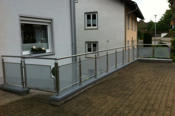 moser-metallbau-hornberg-balkone-gelaender409C32AB12-3640-BEF7-6F79-324F53B97FC4.jpg