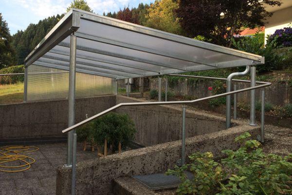 moser-metallbau-hornberg-vordaecher-carports-ueberdachungen052920E0F9-5626-C30A-71A7-13FBE2FAF1D6.jpg