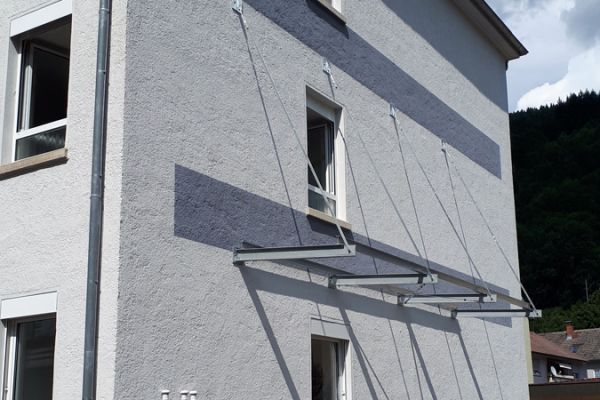 moser-metallbau-hornberg-vordaecher-carports-ueberdachungen06FA0C3067-BD81-2267-1327-231955B49BD9.jpg