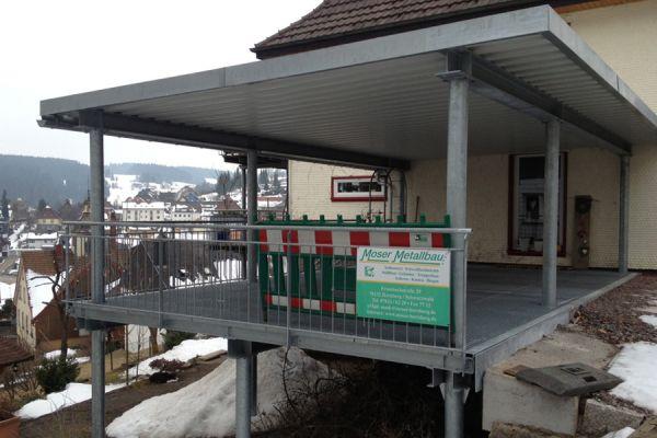 moser-metallbau-hornberg-vordaecher-carports-ueberdachungen079FEF0879-3DBE-F367-83A1-20AFFDE9A78B.jpg